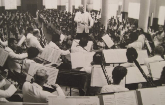 Tevah conducting the PRSO in the 1960's
